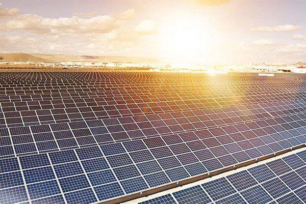 solar farm in carwarp for canadian solar